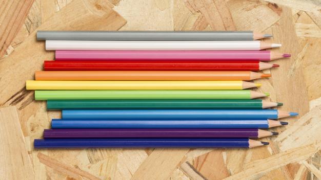 مداد رنگی خوب چه ویژگی هایی دارد؟